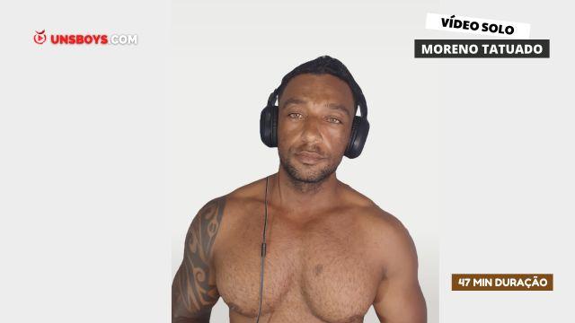 ▶  Moreno  Tatuado  em seu Primeiro vídeo adulto  ★ASSINE e Assista Completo